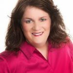 Tracey McGlothlin Real Estate Agent